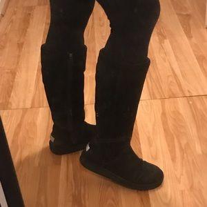 GUC Tall UGG Boots 🖤
